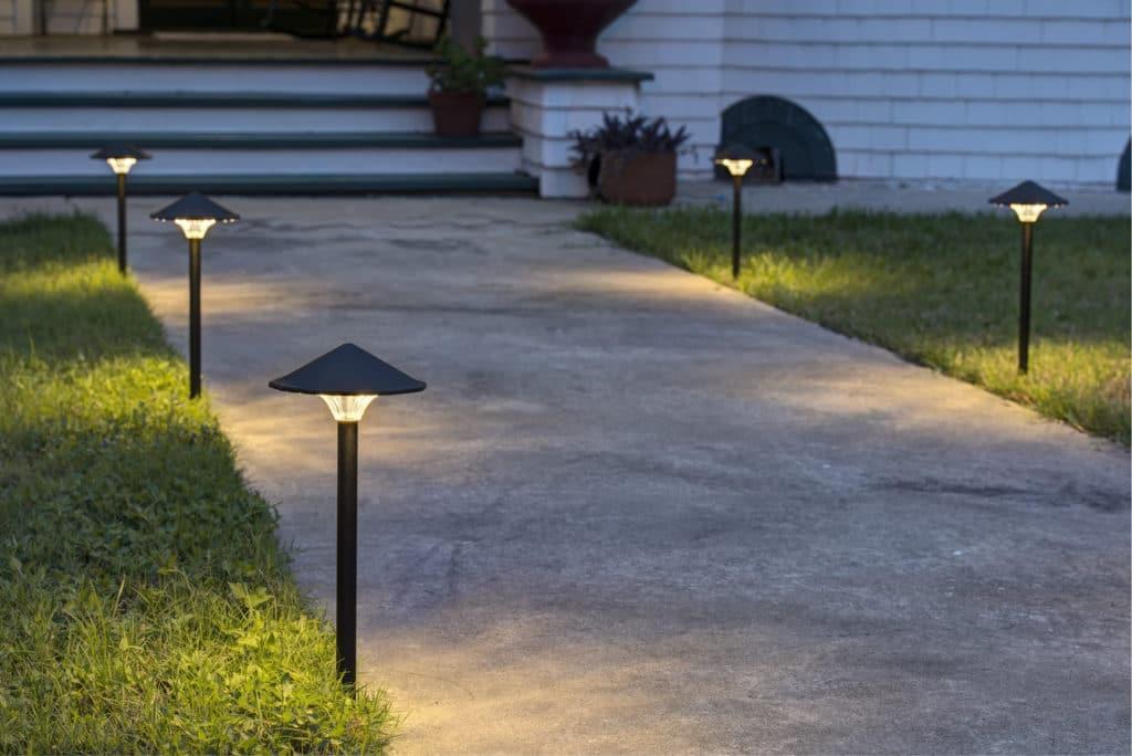 светильник уличный